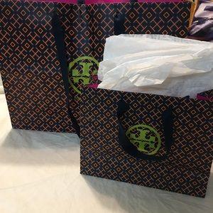 Bundle Tory Burch 2 shopping bags